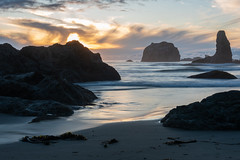 Bandon, Oregon (jeff's pixels) Tags: bandon oregon pacificnorthwest pnw beach pacific ocean landscape nature sunset nikon