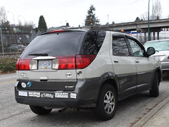 2004 Buick Rendezvous CX (D70) Tags: 2004 buick rendezvous cx crossover suv hastingssunrise vancouver britishcolumbia bumper stickers canada