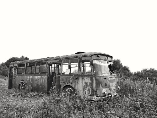 old forgotten bus ©  Sergei F