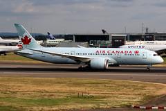 Air Canada | Boeing 787-8 | C-GHPT | London Heathrow (Dennis HKG) Tags: aircraft airplane airport plane planespotting staralliance canon 7d 70200 london heathrow egll lhr aircanada canada aca ac cghpt boeing 787 7878 boeing787 boeing7878 dreamliner
