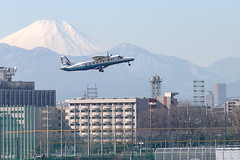 A SMALL AIRPORT, SOME PARKS AND CLOUDS - CXCIV (Jussi Salmiakkinen (JUNJI SUDA)) Tags: chofu tokyo tokio japan japani cityscape park airport sky aircraft wood airplane landscape tama 調布 飛行場 空港 林 森 空 武蔵野 多摩 東京 日本 風景 clouds 2019 talvi tammikuu early january woods tree winter dornier do228 takeoff