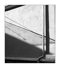 simple geometry (Armin Fuchs) Tags: arminfuchs lavillelaplusdangereuse 6x7 shadows wall diagonal gutter niftyfifty