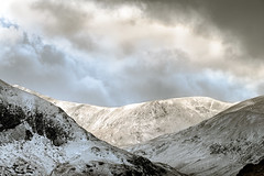 The Edge (vincocamm) Tags: cumbria glenridding lakedistrict nationalpark storm stormy moody clouds cloudy snow mountains ridge february nikon d7500 fells hills