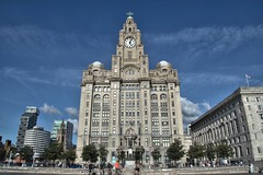 Liver Building, Liverpool (Tony Worrall) Tags: city welovethenorth nw northwest north dailyphoto photooftheday nice update place location uk england visit area attraction open stream tour country item greatbritain britain english british gb capture buy stock sell sale outside outdoors caught photo shoot shot picture captured ilobsterit instragram liverpool merseyside mersey scouse liver liverbuilding icon riverside tall cool architecturalphotography nikon d3200