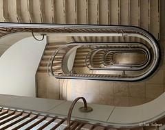 Treppenhaus (Frank Guschmann) Tags: treppe treppenhaus staircase stairwell escaliers architektur stairs stufen steps escaleras nikon d500 1020mm frank guschmann twop