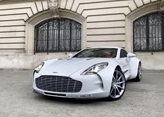 Aston Martin one-77 in paris