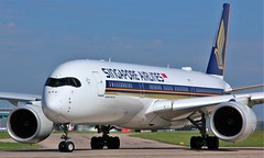 9V-SMR (AnDyMHoLdEn) Tags: singaporeairlines a350 staralliance egcc airport manchester manchesterairport 23l