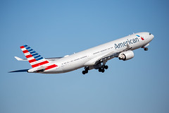 2020_02_08 KPHX stock-21 (photoJDL) Tags: a330 airbusa330 americanairlines americanairlinesa330 jdlmultimedia jeremydwyerlindgren kphx n277ay phx aircraft airline airplane airport aviation