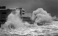 Engulfed (Charles Connor) Tags: newbrighton monochromelandscape monochrome monochromeseascapes waves dramatic power charlesconnor canondslr