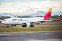 2020_01_19 MAD Madrid stock-10 (photoJDL) Tags: a330 airbusa330 ecmml iberia iberiaa330 jdlmultimedia jeremydwyerlindgren lemd mad madrid madridbarajas aircraft airline airplane airport aviation