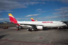 2020_01_19 MAD Madrid stock-21 (photoJDL) Tags: a330 airbusa330 ecmmg iberia iberiaa330 jdlmultimedia jeremydwyerlindgren lemd mad madrid madridbarajas aircraft airline airplane airport aviation