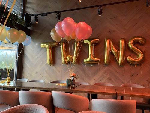 Folieballon Letters TWINS Babyshower Lakehouse Rotterdam
