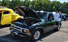 1994 Chevy S10 (Chad Horwedel) Tags: 1994chevys10 chevys10 chevrolet chevy s10 classic pickup truck carstimeforgot2019 delavan wisconsin