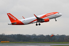 G-EZWI easyJet Airbus A320-214(WL) 3 (ahisgett) Tags: ringway manchester man airliner