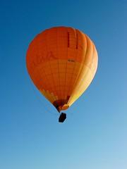 VH-OKA Cameron N-90 (martin.gresty) Tags: balloon cameron queensland
