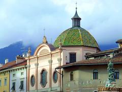 Chiesa della Santissima Annunziata (fabricata) Tags: chiesa santissima annunziata dome church fountain neptune trento italia italy trentino architecture