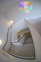 kunst im Treppenhaus (roswithaantoniak) Tags: architektur treppenhaus