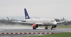 EI-SIG SAS Scandinavian Airlines Ireland Airbus A320-251N neo (ahisgett) Tags: ringway manchester man airliner a320 neo