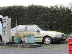 Hyundai Pony X2 Sonnet (Andrew 2.8i) Tags: classics classic wales kingdom united streetspotting cars car street spotting carspotting uk abandoned neglected rusty scrap korean hatch hatchback sonnet x2 pony hyundai