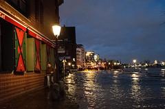 Wet Feet (Tobias Scharnberg) Tags: hamburg fischmarkt fischauktionshalle sturm sabine storm elbe sturmflut