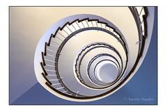 Spirale (anette.volker) Tags: architektur treppenhaus düsseldorf
