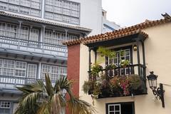 Balcones (Guillermo Relaño) Tags: lapalma canarias isla islas guillermorelaño sony a7 a7iii a7m3 alfa alpha ilce islabonita santacruz balcon plaza placeta