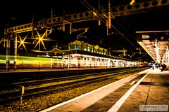 CardiffCentralRailStation2020.02.04-35 (Robert Mann MA Photography) Tags: cardiffcentralrailstation southglamorgan southwales train trains railway railways 2020 winter 4thfebruary2020 transportforwales tfwrail walesandborders class175 coradia class170 turbostar greatwesternrailway gwr class802 class800 iet intercityexpresstrain class166 networkerturboexpress class43 hst highspeedtrain crosscountrytrains nightscape nightscapes