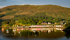 Portree glows on a nice day (jerry_lake) Tags: d610 isleofskye lightroomcc portree scotlandtrip sept2015