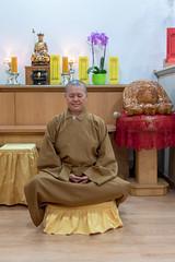ALA_2437 (dmcom.dcd) Tags: 20200213templobudista religião monge meditação