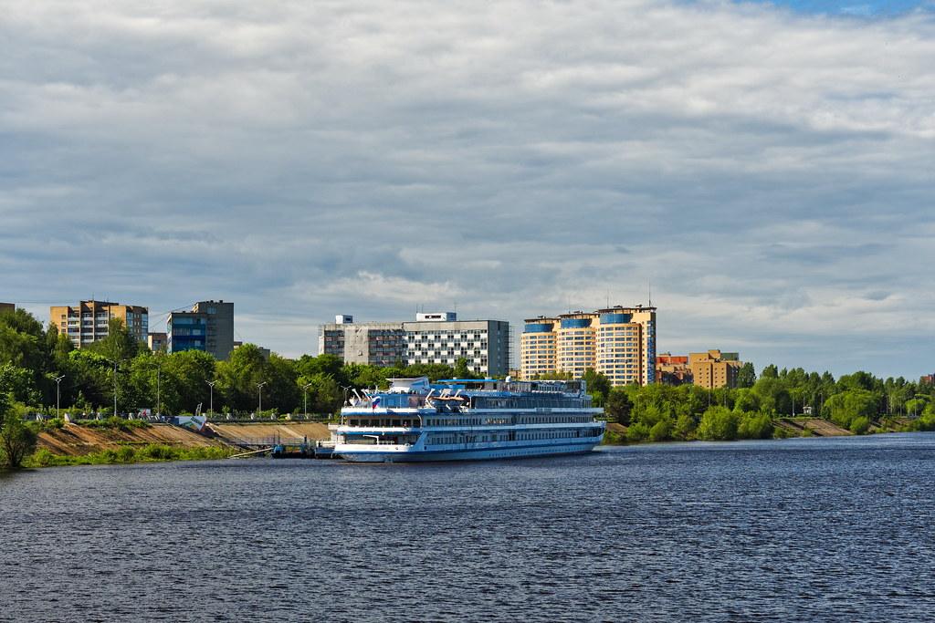 фото: Volga River 232