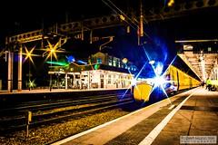 CardiffCentralRailStation2020.02.04-37 (Robert Mann MA Photography) Tags: cardiffcentralrailstation southglamorgan southwales train trains railway railways 2020 winter 4thfebruary2020 transportforwales tfwrail walesandborders class175 coradia class170 turbostar greatwesternrailway gwr class802 class800 iet intercityexpresstrain class166 networkerturboexpress class43 hst highspeedtrain crosscountrytrains nightscape nightscapes