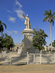 A1478CIENFb (preacher43) Tags: cienfuegos cuba josé martí park statue plaza armas