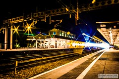 CardiffCentralRailStation2020.02.04-36 (Robert Mann MA Photography) Tags: cardiffcentralrailstation southglamorgan southwales train trains railway railways 2020 winter 4thfebruary2020 transportforwales tfwrail walesandborders class175 coradia class170 turbostar greatwesternrailway gwr class802 class800 iet intercityexpresstrain class166 networkerturboexpress class43 hst highspeedtrain crosscountrytrains nightscape nightscapes