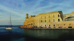 A stroll out of time… ༽  ˳♪⁎˚♫ (Mona Zimba) Tags: marseille fortstjean harbor frenchriviera france