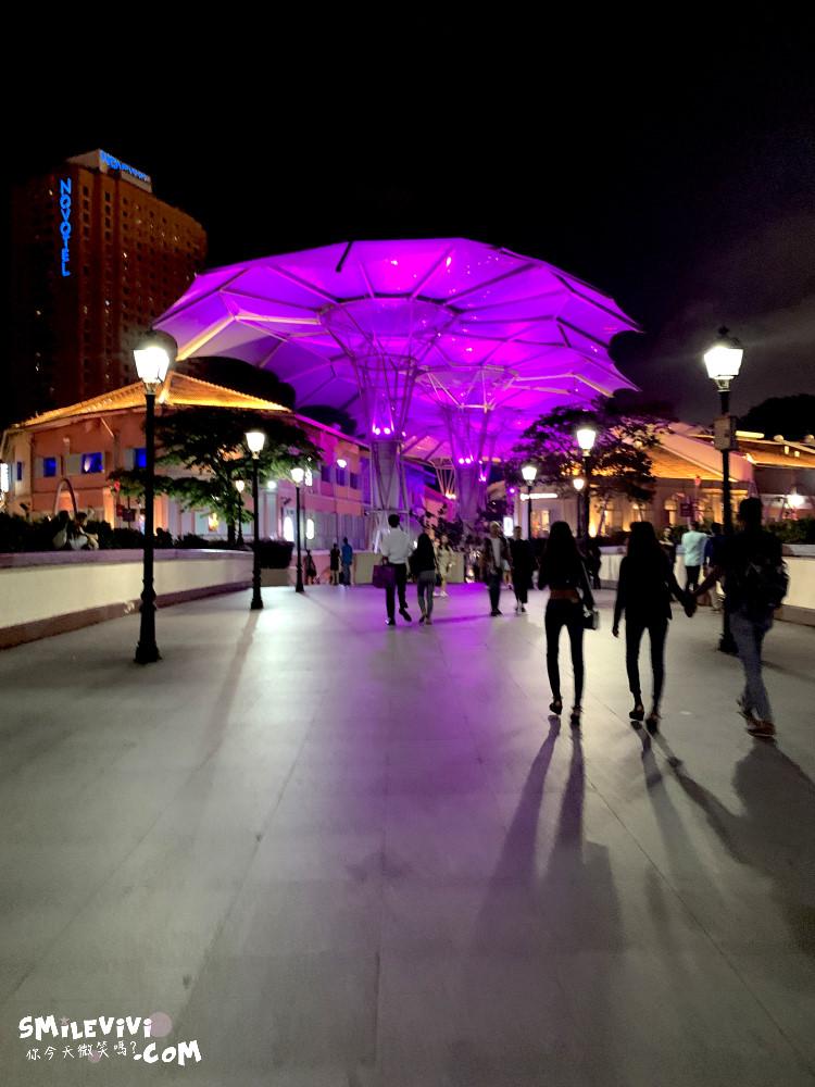 新加坡∥岸邊欣賞克拉碼頭(Clarke Quay)不夜城、 Clarke Quay Central 購物中心吃喝玩樂夜晚好去處喝1杯 37 49536147403 43a86a47ac o