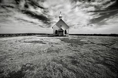 One of my favorite little churches in one of my favorite little towns (DeeAshley) Tags: photo interesante a7rii foto unitedstates urbanexploration photography deeashley dionneashley flickr travel sony dionnehartnett gogoloopie interesting church newmexico blackandwhite monotone monochrome west rural country iglesia