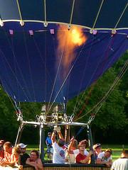 (Jean-Luc Léopoldi) Tags: montgolfière balloon feu brûleur gaz décollage arras