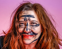 Susanne (www.ilkkajukarainen.fi) Tags: studio portrait woman smile face pink read head make up naamio eyes silmät katse suomi finland finlande eu europa scandinavia happy life line hait meikki mask maski