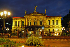 San Jose by night. National Theater of Costa Rica (Andrey Sulitskiy) Tags: sanjose costarica