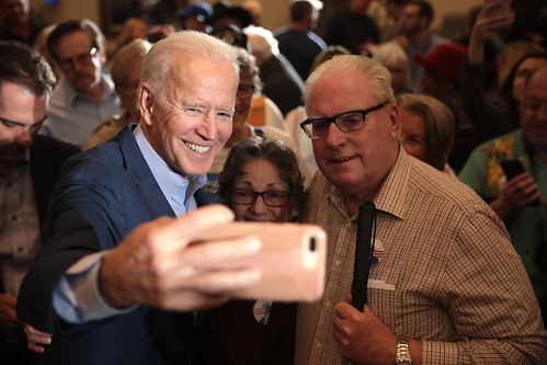 Joe Biden with supporters by Gage Skidmore, on Flickr