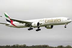 A6-EGY | Emirates | Boeing B777-31H(ER) | CN 41080 | Built 2012 | DUB/EIDW 30/10/2015 (Mick Planespotter) Tags: a6egy emirates boeing b77731her 41080 2012 dub eidw 30102015 aircraft airport dublinairport collinstown 2015 b777 aviation avgeek avion flugzeuge planespotter plane airplane aeroplane spotter jet widebody flight