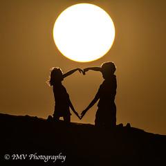 Happy San Valentine 2020 (Melo vaca) Tags: san valentine 2020 nikonuae nikon tamrom 150600g2 d610 camping acampada valentin abudhabi uae ivan heart corazon sunset atardecer brothers hermanos