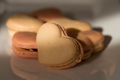 Petits coeurs (Gisou68Fr) Tags: macarons biscuits coeurs smileonsaturday sweetsformysweet sweets sweet douceurs patisserie