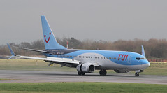 G-FDZT TUI Airways Boeing 737-8K5(WL) 2 (ahisgett) Tags: manchester man ringway airliner