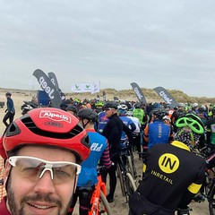 ‪Full of pre-race nerves, but let's make it a nice day on the bike... #nkbeachrace #renesse #beachrace #mtb ‬