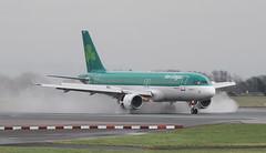 EI-CVC Aer Lingus Airbus A320-214 (ahisgett) Tags: manchester man ringway airliner