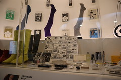 IMG_0207 (Steve Guess) Tags: va museum south kensington london england gb uk mary quant retrospective exhibition display show fashion design accessories legs boots