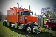 Kenworth Class (big_jeff_leo) Tags: truck rig american orange transport