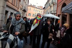 Modena, 2020 (Antonio_Trogu) Tags: urban people candid streetphotography street modena fiera fair balloon 2020 santonio antoniotrogu canpubphoto unposed ricohgr ricohgrii ricohgr2 gr2 grii