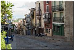 ZAMORA, CALLE DE BALBORRAZ (5) (Lorenmart) Tags: callejeandoporzamora zamora castillayleon españa spain calle arquitecturapopular lorenmart canon550d nwn